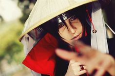 Amazing Big Uchiha Cosplay. (No, I will never say his name, nor the little Uchiha's.)