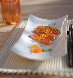Saumon mariné minute aux agrumes, la recette d'Ôdélices : retrouvez les ingrédients, la préparation, des recettes similaires et des photos qui donnent envie !