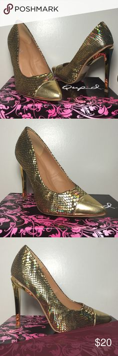 Qupid stiletto pump Shine your way through the dance floor in this eye-catching stiletto pump. This shoe features a snake hologram fabric material with a metallic closed pointy toe cap                                                      *brand new with shoebox*      .                               *never used*                                                          *fits true to size* Qupid Shoes Heels