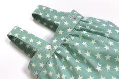 Ranita LOVELY TREE desde 0 a 24 meses. Ranita de bebé color verde menta con estrellas beige #baby #SpringSummer2015 #corazondeleonkids #madeinSpain #moda #ranita #estrella #verdementa #green #stars
