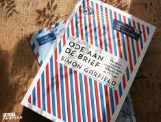 Wat is het toch fijn om mede-postliefhebbers te ontmoeten! Ik vond er één in een boekenwinkel. Klik door naar het blogje!