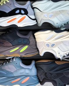 Types Of Shoes Men, Balenciaga, Moda Nike, Snicker Shoes, Sneakers Fashion, Shoes Sneakers, Streetwear, Aesthetic Shoes, Hype Shoes