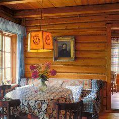 Keltainen talo rannalla: Rustiikkeja koteja