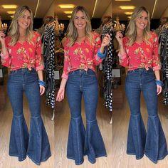 "428 Likes, 27 Comments - By La Lis (@bylalisboa) on Instagram: ""Jeans flare + camisa listras viscose. Como não amar?! Combo perfeito!  #calcaflare #calça #flare…"""