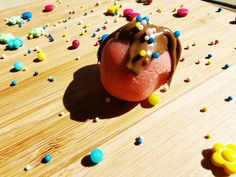 Zauberkugeln aus Kuchenresten Panna Cotta, Ethnic Recipes, Food, Sprinkles, Play Dough, Chocolate, Chef Recipes, Dulce De Leche, Essen