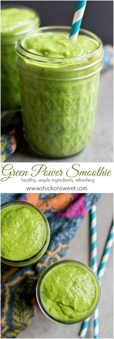 Green Power Smoothie - a healthy smoothie recipe that your entire family will love. Made with simple ingredients, too! | www.stuckonsweet.com