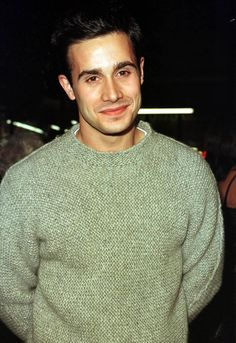 Freddie Prinze Jr. Photos - Freddie Prinze Jr. Out and About in Hollywood - Zimbio