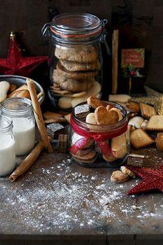 Vicky's Home: Navidad en el campo /Country christmas Christmas Mood, Country Christmas, Christmas Treats, Christmas Cookies, Merry Christmas, Xmas, Gingerbread Cookies, Holiday Baking, Christmas Baking