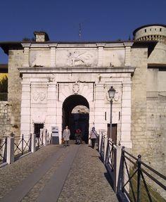 porta del castello di Brescia