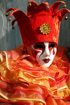 Orange and Yellow Jester With Bells. Costume worn in Venice, Italy for Carnival in Color photography by Donna Corless. Venetian Carnival Masks, Carnival Of Venice, Venetian Masquerade, Venice Carnivale, Costume Venitien, Venice Mask, Send In The Clowns, Beautiful Mask, Masks Art