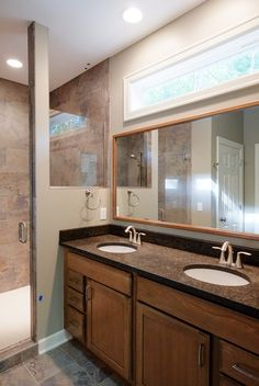 Cobblestone Bathroom, follow the link for the full SR11 home photo gallery.