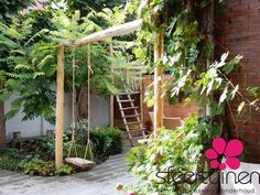 This is how you get the most out of a small garden - Dragonfly # get . Garden Cottage, Home And Garden, Tiny Garden Ideas, Jungle Gardens, Outdoor Shelters, Growing Gardens, Garden Care, Garden Structures, Dream Garden