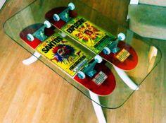 Artes inusitadas criadas com peças de skate - Clube do skate