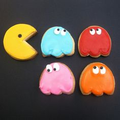 Fabulously nostalgic Pac-Man Cookies. #1980s #retro #video_games #Pac_Man  #bug #insects #decorated #cookie #food #dessert #baking #cute  #nostalgia