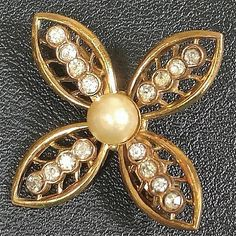 Coro art deco flower brooch with rhinestones and pearl script