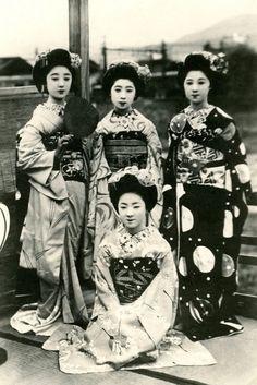 Portrait of four Geisha, ca. 1900-1930.
