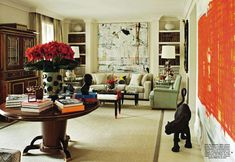 La casa de Naty Abascal // fun accessories: panther & funky vase