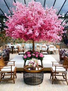 65 ideas for garden wedding reception tables trees In order to have a great Modern Garden Decoration, it's … Deco Restaurant, Decoration Vitrine, Wedding Reception Tables, Reception Ideas, Wedding Venues, Wedding Photos, Blossom Trees, Cherry Blossom, Partys