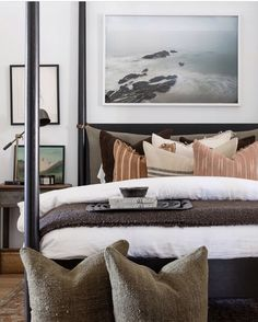 shoppeamberinteriors We're back up and running tomorrow through New Years Eve! Come redeem those Shoppe Gift Cards you got in your stocking. Both locations will be open 📸 Dream Bedroom, Home Bedroom, Master Bedroom, Bedroom Decor, Bedroom Table, Modern Rustic Bedrooms, Guest Bedrooms, Guest Room, Home And Deco