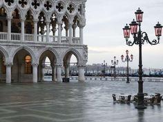 Los satélites son testigos de su lento hundimiento Los peores augurios se ciernen sobre Venecia. Una... - Copyright © 2014 Hearst Magazines, S.L.