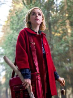 The Sabrina Spellman Red Coat is inspired by the series The Chilling Adventures of Sabrina. Kiernan Shipka plays the main role in the show. The coat is ideal for women of all ages. Jessica Jones, Iron Fist, Sabrina Costume, Sabrina Cast, 90s Fashion, Fashion Outfits, Red Wool Coat, Winter Sweater Outfits, Kiernan Shipka