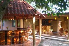 CostaRicaReal Estate expert-your partner forconsulting-buy/sale: Hotel, Restaurant/Pizzeria and House for sale by t...
