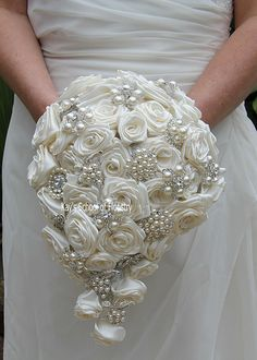 Brooch Bouquet with Satin Roses  (14)