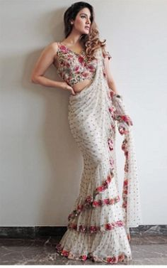 Don't go for the cliched saree styles this season - These latest saree trends are just what you need to slay and revamp your style. Trendy Sarees, Stylish Sarees, Ethnic Outfits, Indian Outfits, Indian Clothes, Ethnic Clothes, Trendy Outfits, Sari Bluse, Saree Gown