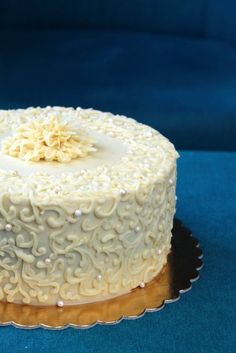 Chocolate Ganache, Amazing Food Decoration, Vanilla Cake, Cake Decorating, Food And Drink, Birthday Cake, Sweets, Baking, Recipes