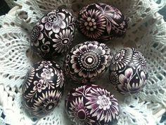 Vyškrabávané vajíčka Egg Art, Sea Shells, Easter Eggs, Carving, Handmade Gifts, Crafts, Painting, Eggs, Wood