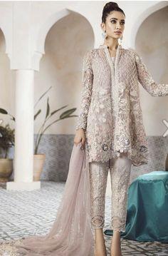 Pakistani Designer Modern Salwar Kameez Inspired Republic - New Ideas Trajes Pakistani, Pakistani Formal Dresses, Shadi Dresses, Pakistani Wedding Outfits, Pakistani Salwar Kameez, Pakistani Bridal Dresses, Pakistani Dress Design, Pakistani Designers, Indian Dresses