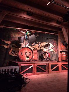 Mr. Hurley und die Pulveraffen! Unbedingte Empfehlung - #plankrock - Sensationeller Piraten-Punk / -rock. Plank, Rock, Hurley, Art, Pirates, Craft Art, Bulletin Boards, Skirt, Kunst