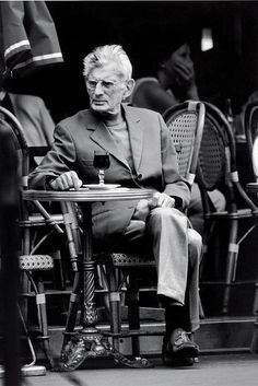 Samuel Beckett waiting for Godot outside a Paris cafe, 1988
