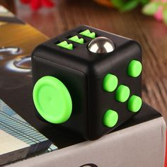 Fidget Cube Squeeze Fun Stress Reliever Gift Relieves Anxiety and Stress Juguet For Adults Fidgetcube Desk Spin Toys #E