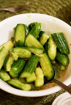 Chinese Cucumber Salad – Noms From Mom Salad Recipes Healthy Lunch, Cucumber Recipes, Salad Recipes For Dinner, Chicken Salad Recipes, Appetizer Recipes, Chicken Salads, Juicer Recipes, Dinner Healthy, Summer Salads