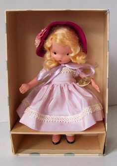 BISQUE NANCY ANN STORYBOOK DOLL. BONNET ON HER TIGHT BLOND CURLS. SHE IS WEARING A PALE LAVENDER TAFFETA DRESS. 21 HE LOVES ME HE LOVES ME NOT. | eBay!