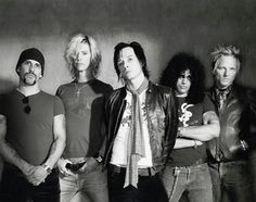 Velvet Revolver - Terribly serious about being rock Music Love, Music Is Life, Live Music, Rock Music, My Music, Gary Clark Jr, Velvet Revolver, Scott Weiland, Neon Nights