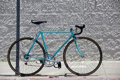 Beautiful Bicycle: Kyle's 3Rensho Road-->