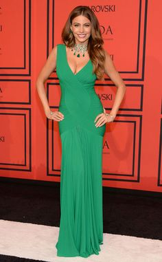 Sofia Vergara rocks this Herve L. Leroux gown in a beautiful green. We are loving this color at ohsofetch.com!