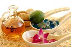 Aromaterapia: oli essenziali per sconfiggere la fatica da stress