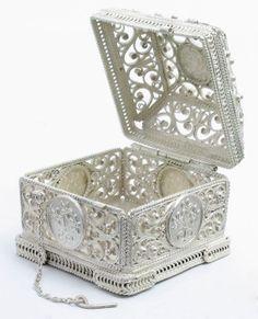 russian filigree treasure box