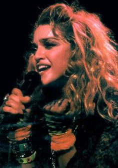 Addicted to Madonna Madonna Rare, 1980s Madonna, Verona, Madonna Looks, 80s Trends, Madonna Photos, Classic Image, Music Artists, Jon Snow