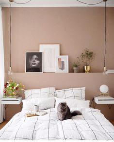 Up in Arms About Dusty Pink Bedroom Walls? Your bedroom won't only be better off, but a lot of facets of your life is going to be, too. Again in a home, it is not necessarily yours only. Dusty Pink Bedroom, Pink Bedroom Walls, Bedroom Colors, Dream Bedroom, Home Bedroom, Bedroom Decor, Pink Bedrooms, Light Bedroom, Pink Walls
