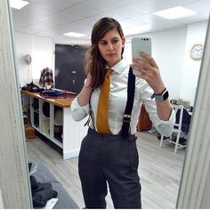 Women Wearing Ties, Suspenders Outfit, Suits For Women, Clothes For Women, Women Ties, White Shirts Women, Three Piece Suit, Androgynous Fashion, Business Dresses