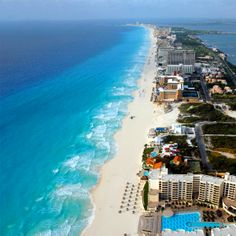 Welcome to Cancun! World Most Beautiful Place, Beautiful Places To Visit, Beautiful Beaches, Wonderful Places, Quintana Roo Mexico, Cancun Mexico, Mexico Yucatan, Vacation Destinations, Vacation Spots