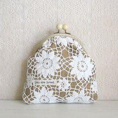 Doily purse