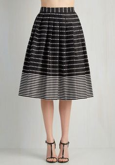 Any Way You Wish Skirt. Would you rather wear this black midi skirt to work or sport it to brunch? #black #modcloth