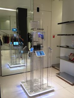 Point of Purchase Design | POP | POS | POSM | Retail Display | samsung product display