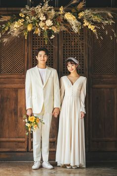 View photos in 2019 Yongma Land New Sample Photos. Pre-Wedding photoshoot by Yongma Land Studio, wedding photographer in Seoul, Korea. Pre Wedding Poses, Pre Wedding Photoshoot, Wedding Couples, Wedding Story, Dream Wedding, Wedding Fotos, Korean Wedding Photography, Youre My Person, Festa Party