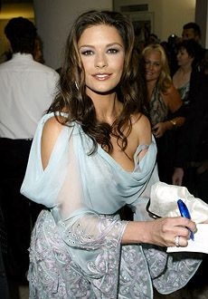 catherine zeta jones 2003 - Buscar con Google